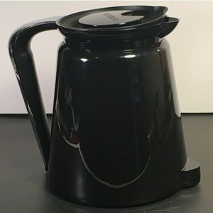Keurig Pitcher Black Insulated Walls Hot Cold Lid